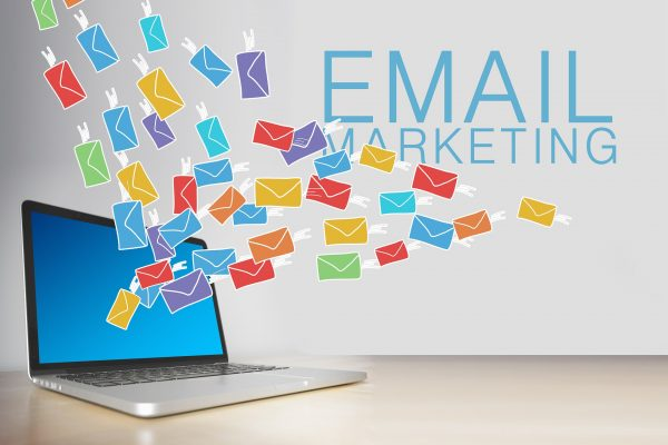 Email marketing scuba diving